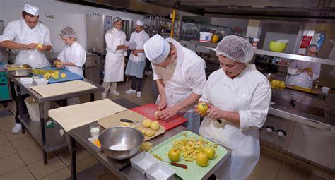 cours cuisine etienne cours de cuisine st etienne stunning la taverne du forez