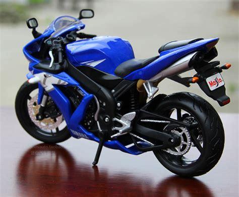 Maisto Model Toys 1/12 Scale Blue Yamaha Yzf-r1 Diecast