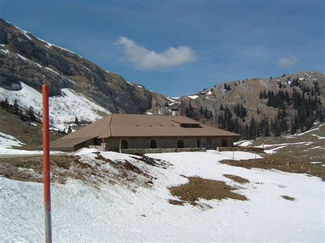 farms of the jura in winter chalet de la d 244 le