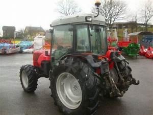 Massey Ferguson 3435 F Tractor Viticultor  19410 St Bonnet