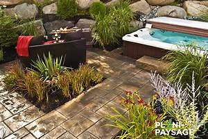 amenagement paysager avec spa et foyer plani paysage With jardin paysager avec piscine 11 amenagement paysager verdeko paysagement