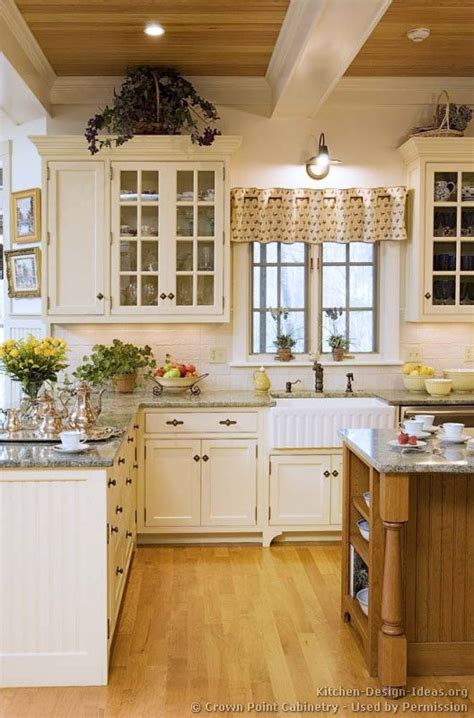 Kitchen Design Ideas Pictures by 175 Best Country Kitchens Images On Cottage