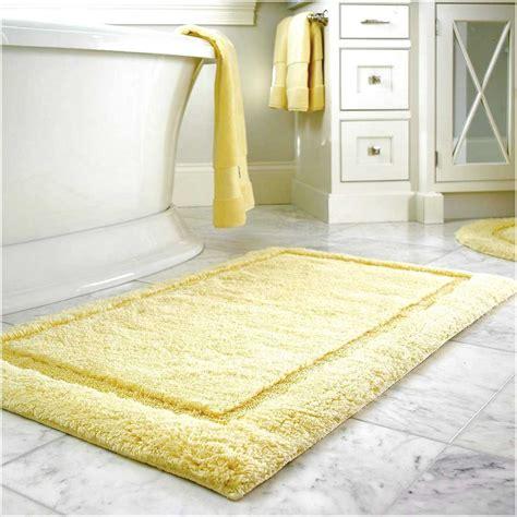 Yellow Gray Bathroom Rugs by Yellow Bathroom Rugs Royale Butter Yellow Bath Rug