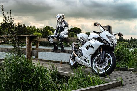 Suzuki Motorcycle Wallpaper by Wallpaper Suzuki Sportbike Gsx R Motorcycles Motorcyclist