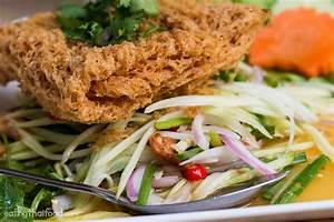 Ruan Thip (ร้านเรือนทิพย์): Incredible Curry in Krabi ...
