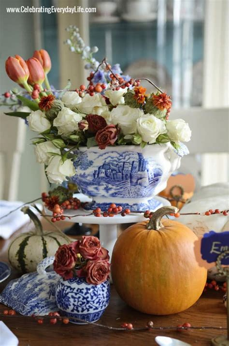 blue willow thanksgiving thanksgiving table