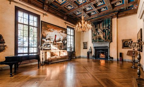 historic  million mansion  montreal canada homes   rich