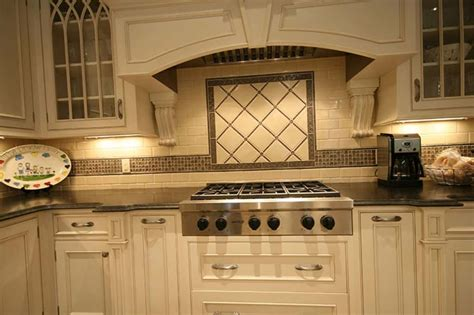 traditional kitchen style  white cabinets  ceramic