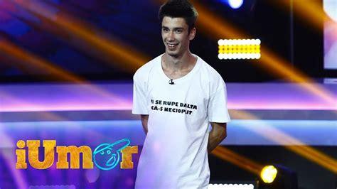 A fost o surpriză totală la antena 1. Finala Iumor / iUmor, Finala sezon 6. Adi Bobo, număr de stand-up comedy - Tânărul a povestit că ...