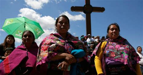 pope francis apologizes  mexican indigenous  history