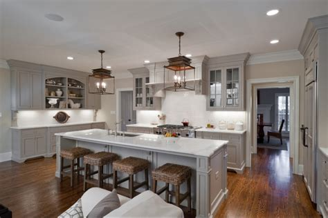 1000+ Ideas About Light Gray Cabinets On Pinterest