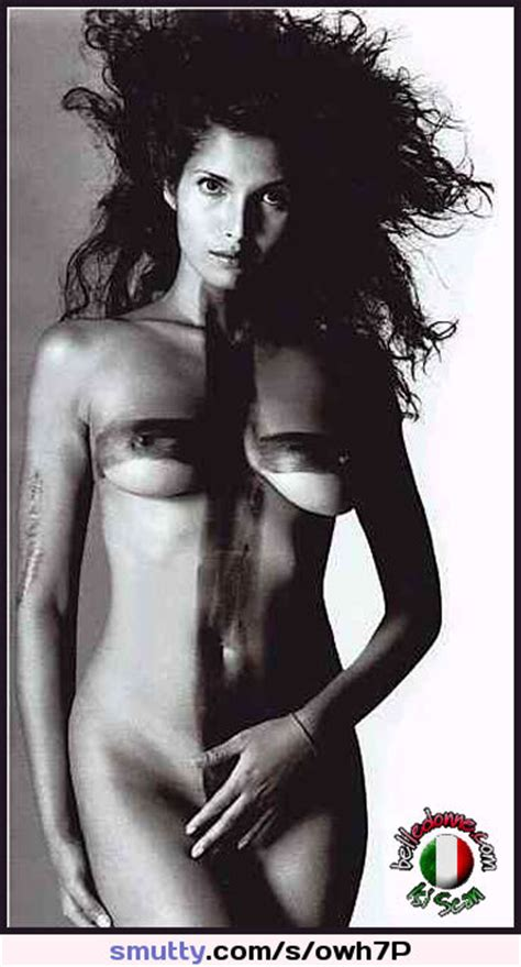 Indian Padma Lakshmi Nude Cover Her Pussy Celebrity