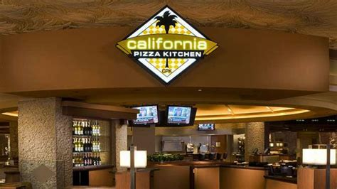 california kitchen pizza california pizza kitchen returns to the mirage next week
