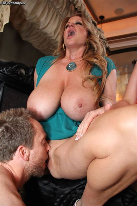 Sexy Ladies Are Being Very Naughty Milf Fox
