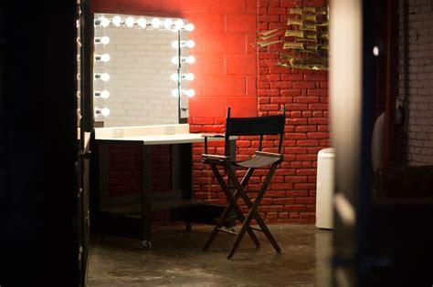 makeup room warehouse film location photo studio  la