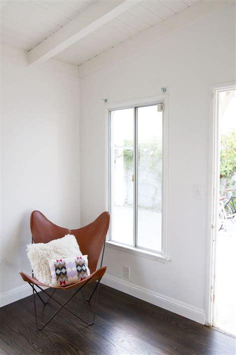 behr snow fall  flat  walls glossy  trimsaw