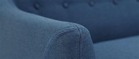 nettoyer canapé en tissu comment nettoyer canapé en tissu miliboo