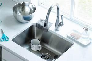 Geruch Aus Dem Abfluss : igitt ein stinkender abfluss mit diesem einfachen trick ~ A.2002-acura-tl-radio.info Haus und Dekorationen