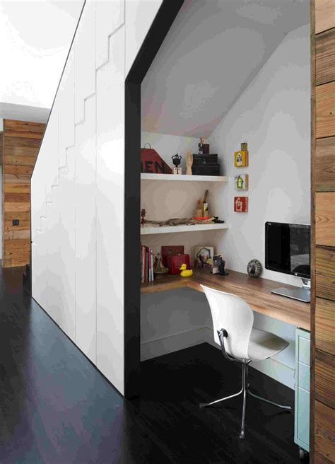 idee rangement sous escalier rangement sous escalier pour optimiser l espace