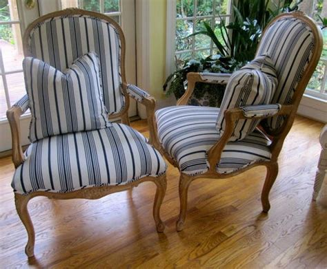 blue and white stripe chairs these fabulous