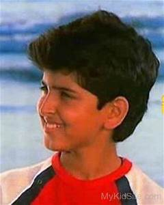 Childhood Picture Of Hrithik Roshan