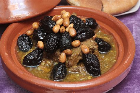 la cuisine marocaine le tajine marocain dans toutes ses couleurs au comptoir