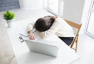 In Welche Richtung Schlafen : schlafen am arbeitsplatz darf ich im b ro powernapping machen ~ Frokenaadalensverden.com Haus und Dekorationen