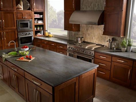 Kitchen Countertop Ideas With Oak Cabinets