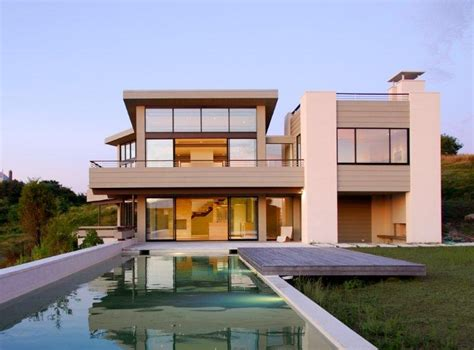 A Simple Modern Home With A Lot Of Personality Is For A And Their by Simple Modern Homes Decor Ideasdecor Ideas