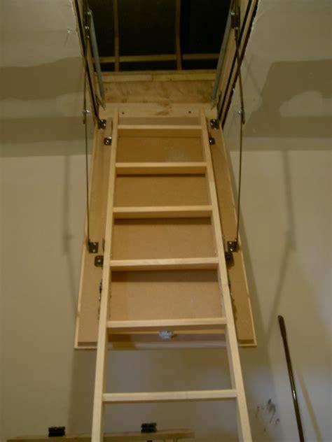 cuisine chez castorama vidéo montage escalier escamotable