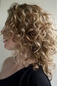 Short Curly Hairstyles for Medium Length Hair