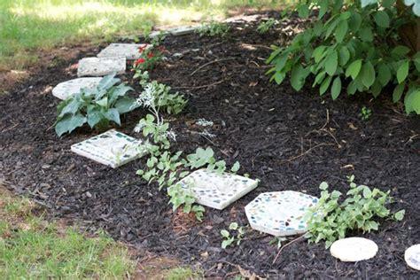 heartwarming handprint stepping stones  gardens