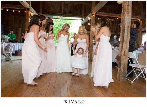 Barn At Walnut Hill Wedding || Maine Wedding Photographer