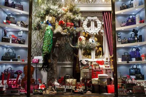 nyc holiday window displays      official