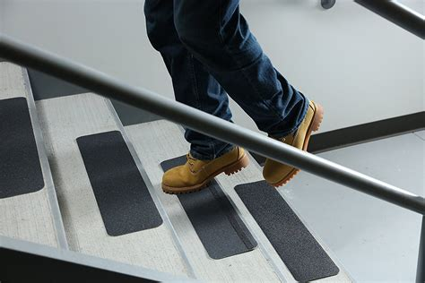 safe  traction premium grade anti slip safety solutions