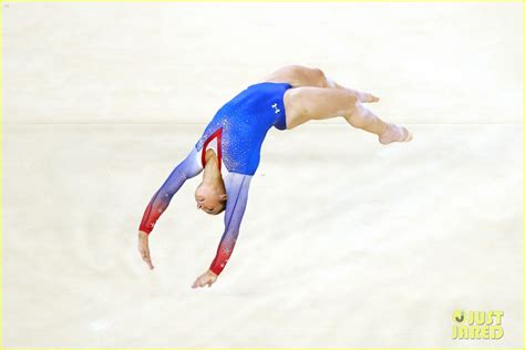 biles aly raisman s floor exercise