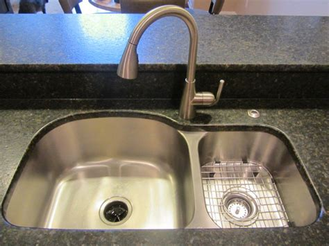 which side is water on a sink 8 kitchen features to add to your kitchen future expat