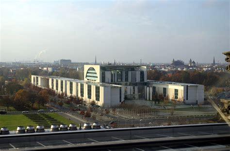 Bundeskanzleramt Berlin by Bundeskanzleramt Berlin