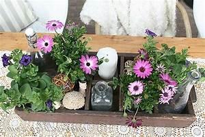 Blumen Für Fensterbank : dekoration mit holz und blumen ~ Markanthonyermac.com Haus und Dekorationen