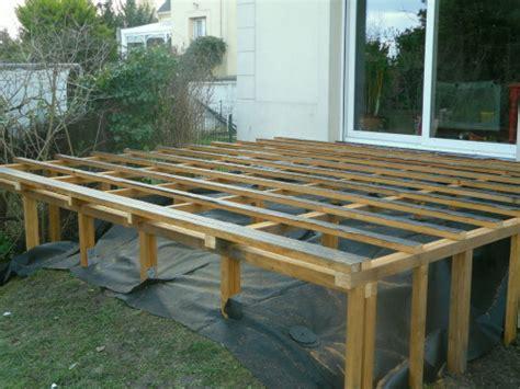 plan de travail cuisine composite terrasse en bois sur piloti 1 terrasse bois composite sur pilotis evtod