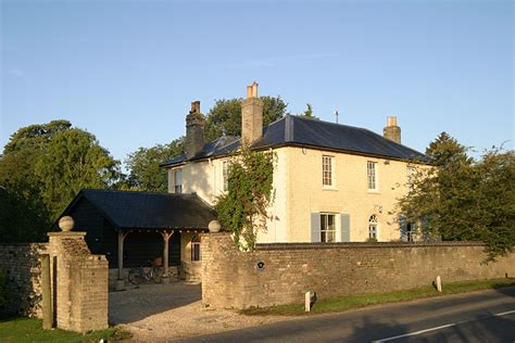 Cottages To Rent Uk by Photos And Details Of Beechwood House Cambridge