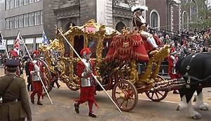 Lord Mayor's Show in London: photos of parade and fireworks