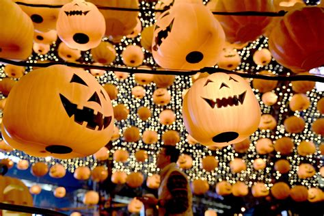 Halloween 2016 History Of The Festival When And How To Celebrate And Why Do Children Trick Or Treat