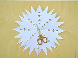 Sterne Aus Papier Schneiden : einfache weihnachtssterne basteln zu weihnachten ytti ~ Watch28wear.com Haus und Dekorationen