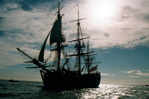 Free Desktop Wallpaper Downloads Ships Ship Huge