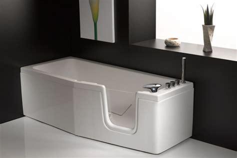 vasche da bagno con sportello prezzi vasca da bagno salvaspazio con sportello quot compact
