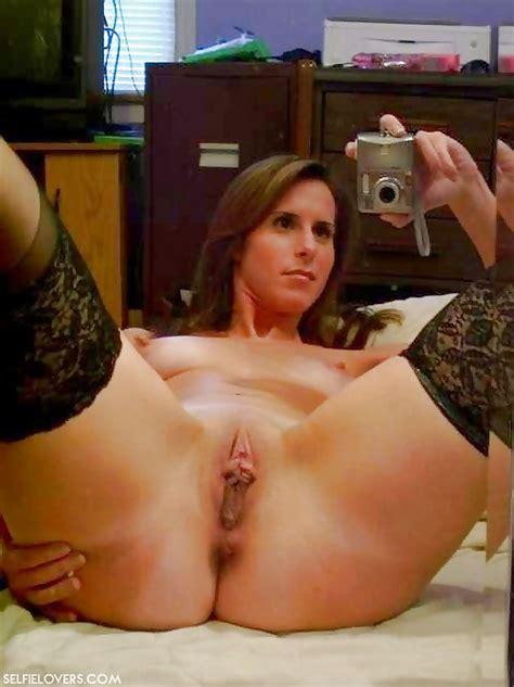 MILF Naked Selfies Pics XHamster