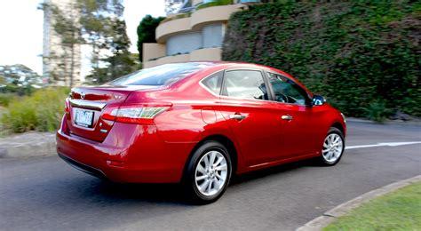 Nissan Car : Nissan Pulsar St Review
