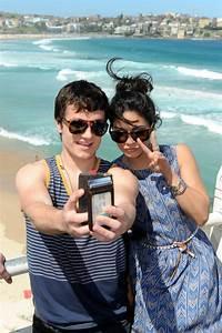 Suggest Selfie Photo Shoots Every Day Josh Hutchersonu002639s