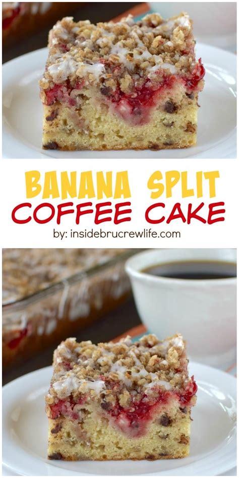 banana split coffee cake